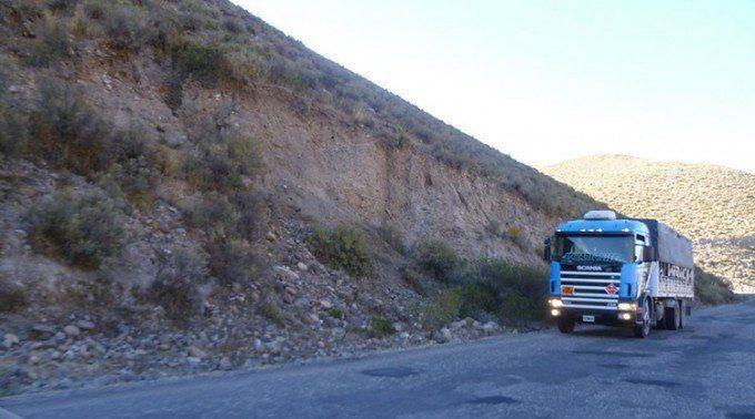 Restringen el tránsito de camiones en la ruta 307 los fines de semana