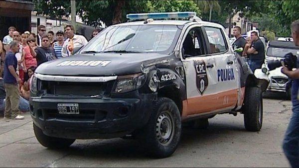 Buenos Aires:Patrullero en contramano chocó a un camión y mató a mujer de 80 años
