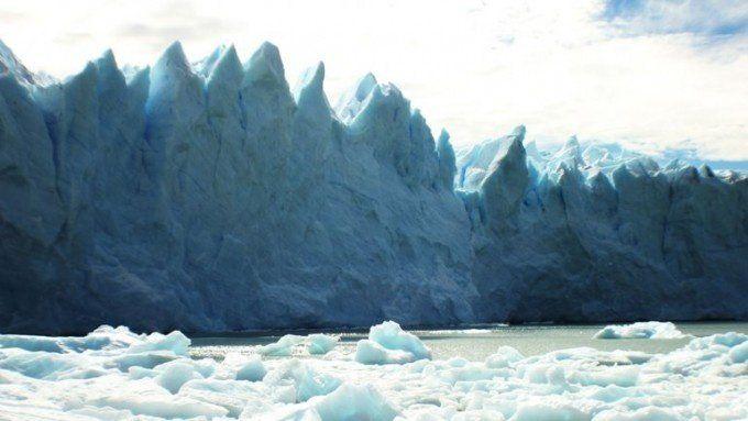 Comenzó a romperse el glaciar Perito Moreno