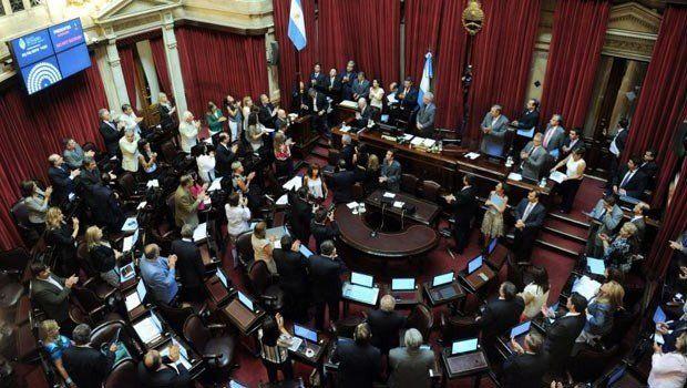 Holdouts: el oficialismo espera aprobar la ley tras una larga sesión en el Senado
