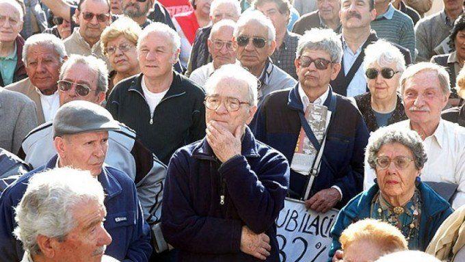 Anuncios de Macri: El que va a terminar perjudicado es el jubilado