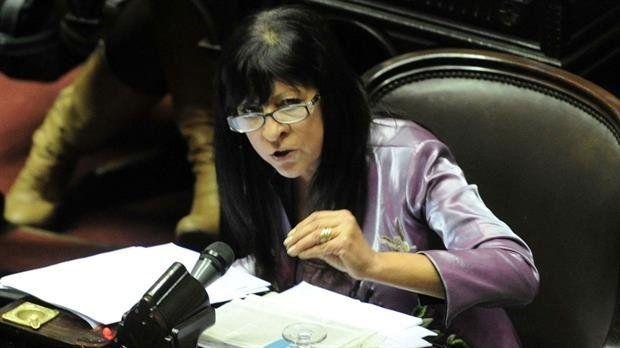 A los gritos, Diana Conti insultó a Fernando Sánchez en Diputados