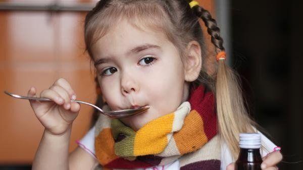 Atención padres: abusar de antibióticos debilita el sistema inmune infantil
