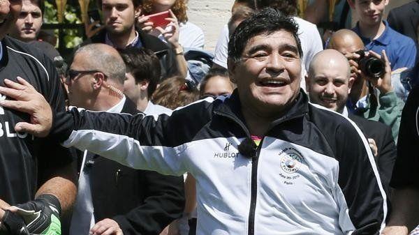 Telefe realizará una serie sobre la vida de Diego Maradona
