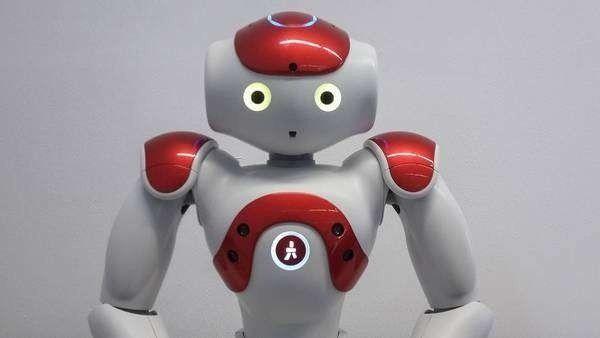 Presentaron a Gardelito, el robot argentino que habla, baila y juega al fútbol