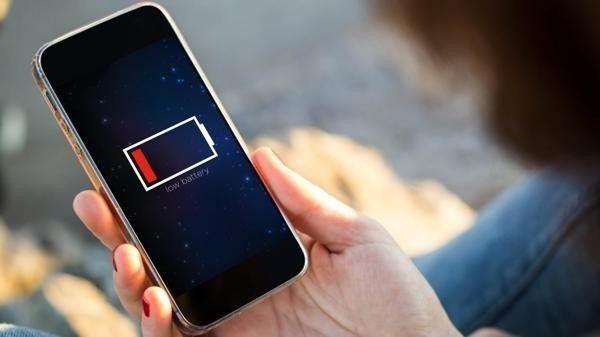 Es posible espiar a los usuarios por la batería del celular