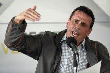 Capriles acusó a Maduro de no respetar la Constitución y violar los DDHH