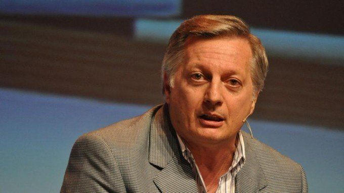 La OA recomendó a Aranguren que venda sus acciones en Shell