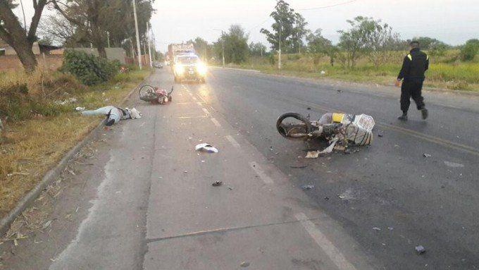 Dos muertos tras chocar sus motos en Los Gutiérrez
