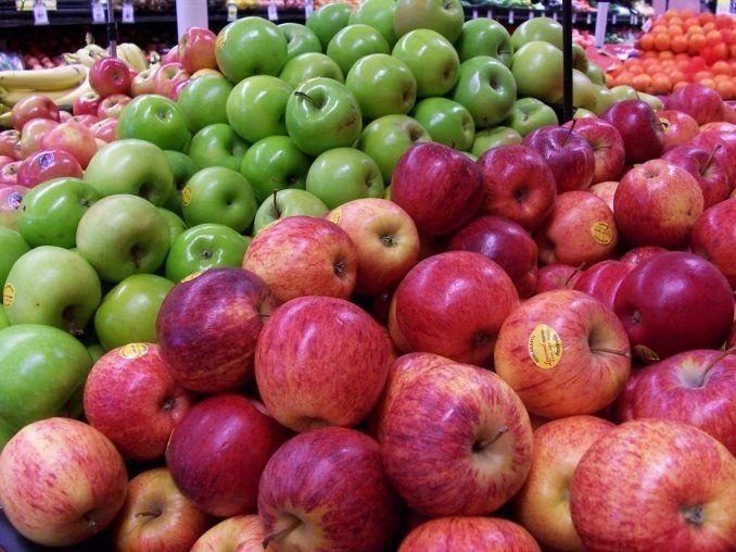 La manzana chilena desplaza a las argentinas en las góndolas de Brasil