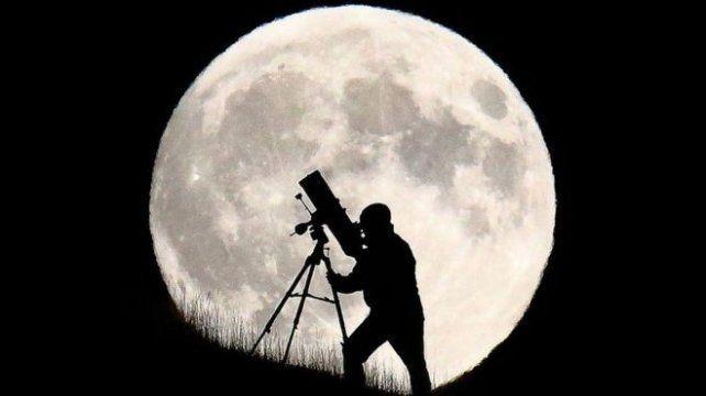Preparate para ver la Luna más grande y brillante de los últimos 68 años