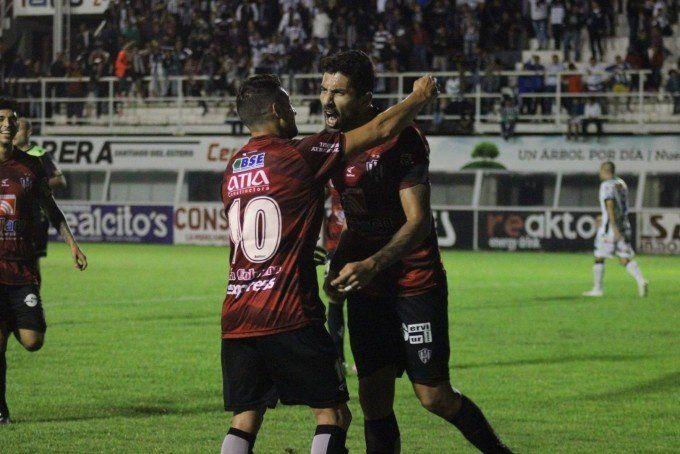 El rival de San Martín tiene más urgencias