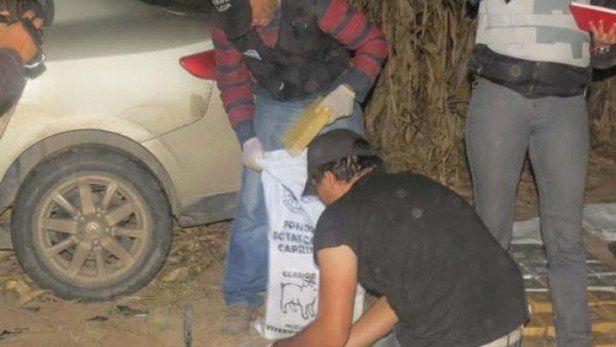 Arrojaron cocaína en un campo de Santiago del Estero