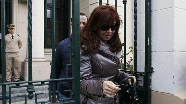 Denuncia de Nisman: el juez Lijo intimó a Cristina Kirchner para que designe abogado
