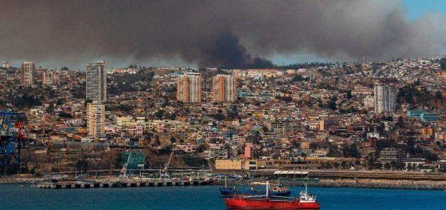 Retornaron a sus hogares 6.000 evacuados por incendio en Viña del Mar