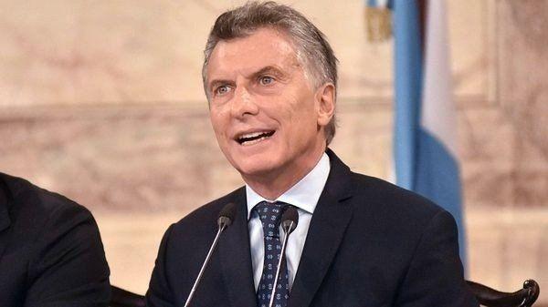 Macri firma los decretos de transparencia y busca neutralizar a la oposición
