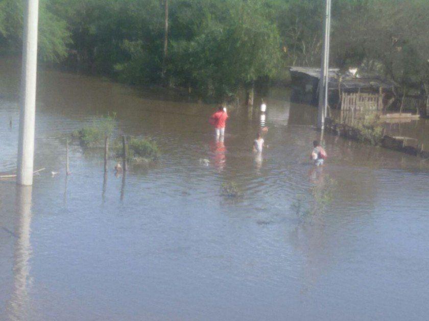 Fotogalería: LV12 presente en las zonas afectadas del sur de la provincia