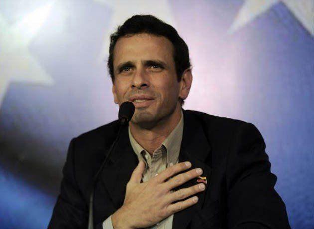 El opositor venezolano Capriles dice que fue inhabilitado por 15 años