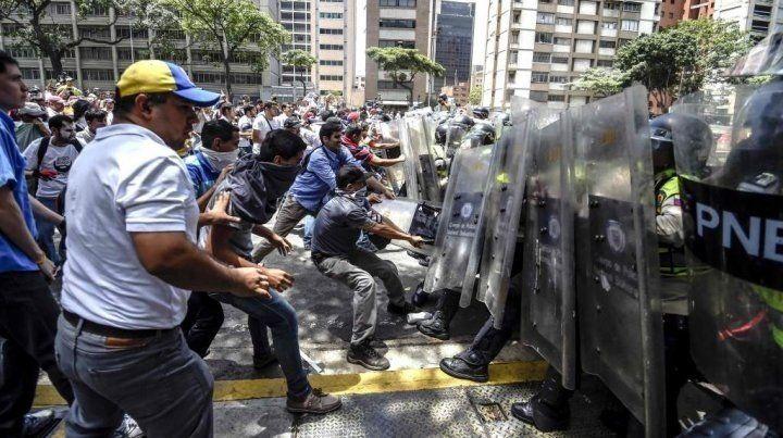 Se registró el segundo muerto en violentas protestas en Venezuela