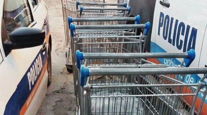 Detienen a la dueña de un súper chino por robarse carritos