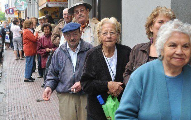 Declararon inconstitucional que le descuenten Ganancias a un jubilado
