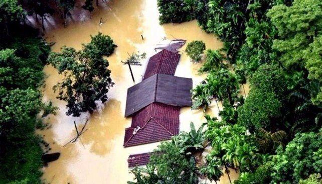 Ascienden a 164 muertos y 104 desaparecidos las víctimas por las lluvias en Sri Lanka