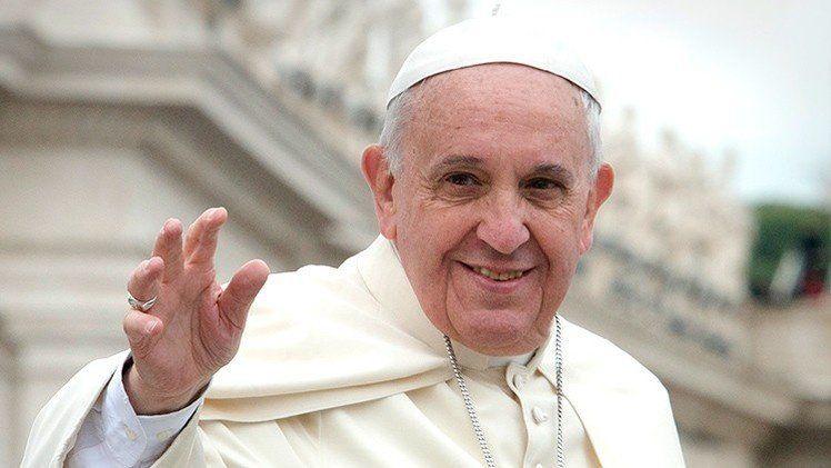 El Papa propuso para este jueves un minuto de paz por el mundo