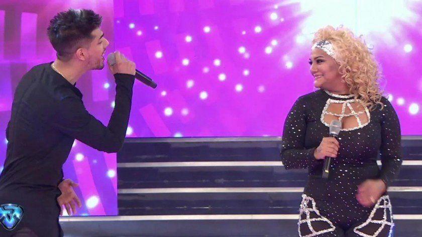 Gladys, La Bomba Tucumana, cantó con su hijo en su primera gala del Bailando