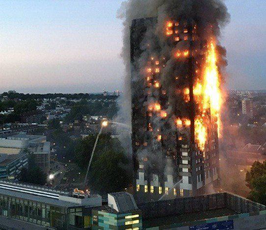 Incendio en una torre residencial en Londres
