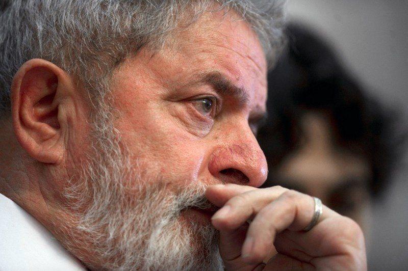 Lula fue condenado a nueve años de prisión por corrupción