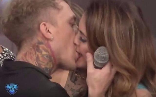 El beso de Silvina Luna y El Polaco en el Bailando