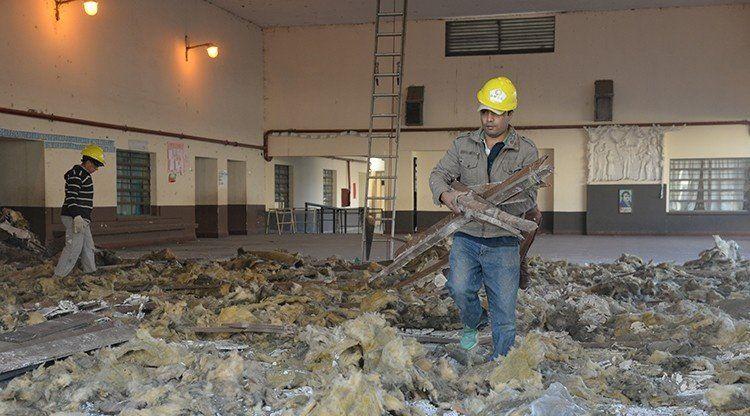 Refaccionan el techo de la escuela Patricias Argentinas