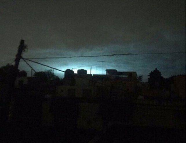 Por qué aparecieron luces en el cielo durante el terremoto