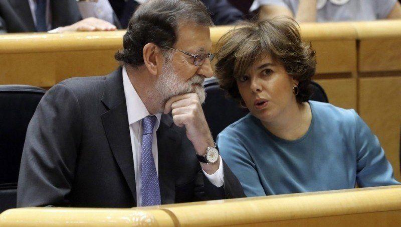 Rajoy puso a su vice como encargada del gobierno de Cataluña