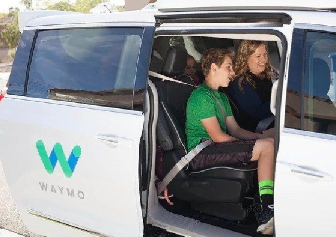 Google lanzó una serie de autos que no necesita de conductores