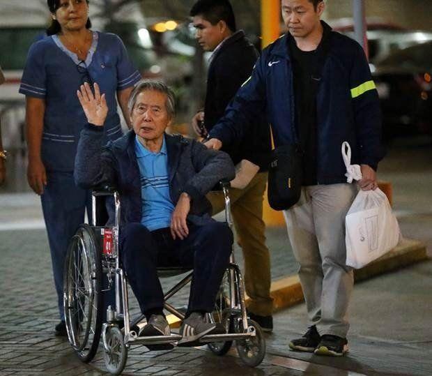 Fujimori abandonó la clínica en la que estuvo internado en Lima