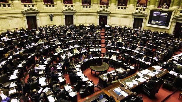Divide al Gobierno cómo afrontar en el Congreso el debate por la reforma laboral