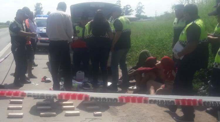Secuestran 25 kilos de cocaína en la Autopista