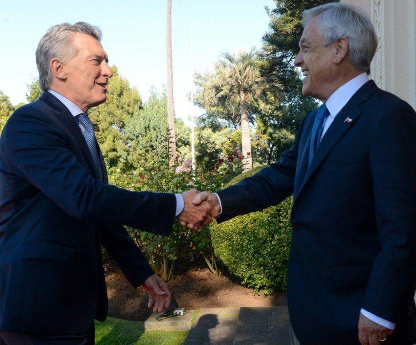 Macri se reunió en Chile con Piñera y llamó a mejorar la integración física y la energética