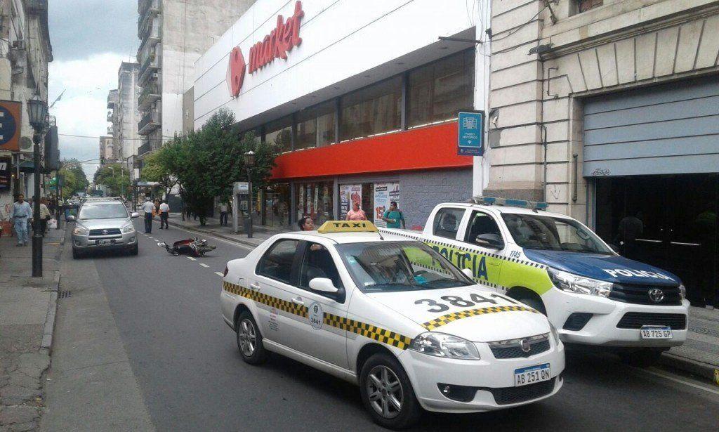 Caos en el transito: accidente en San Martín y Laprida