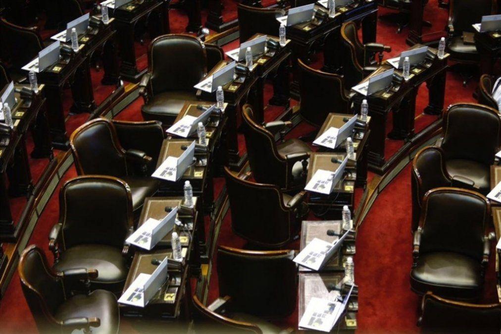 Senadores con mandato cumplido canjearon por dinero los pasajes que no utilizaron