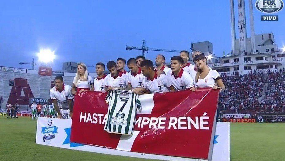 René Houseman: el fútbol se detuvo a los 7 minutos para rendirle homenaje