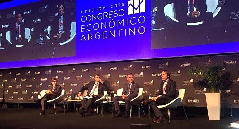 Alertan sobre la dependencia argentina al mercado internacional