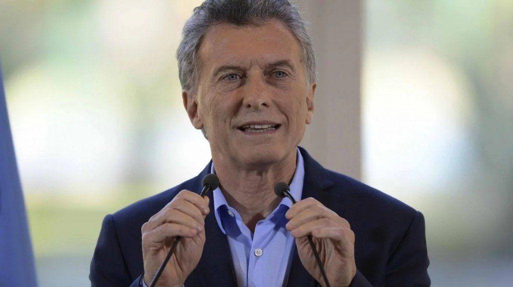 Macri negocia con los gobernadores peronistas sobre tarifas de servicios