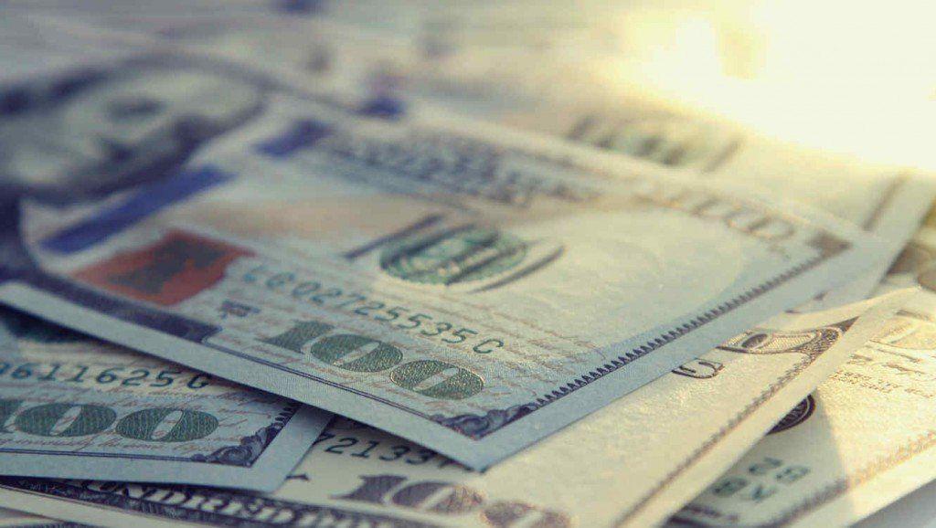 El Banco Central toma medidas frente al dólar que retrocede 72 centavos