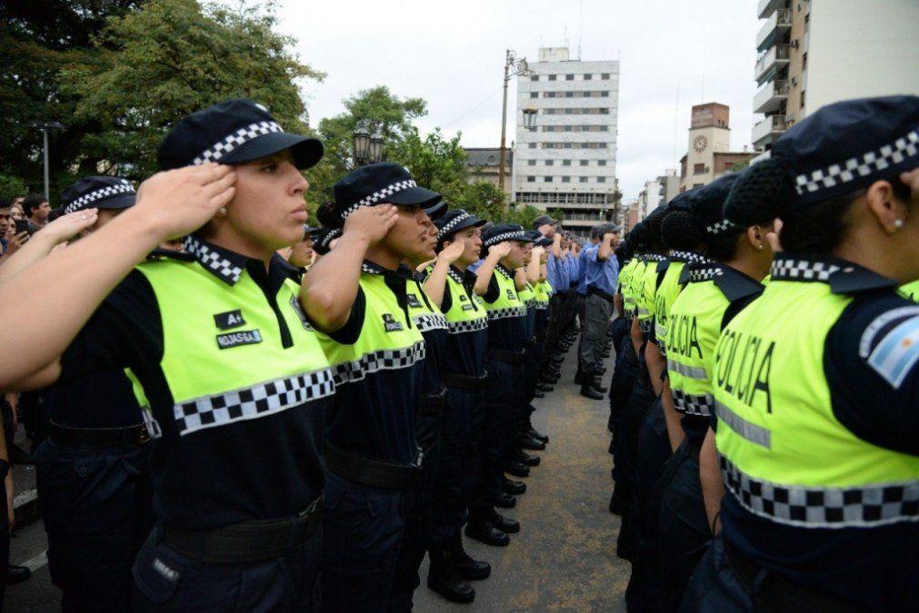 La policía contará, a partir de hoy con 100 nuevos agentes