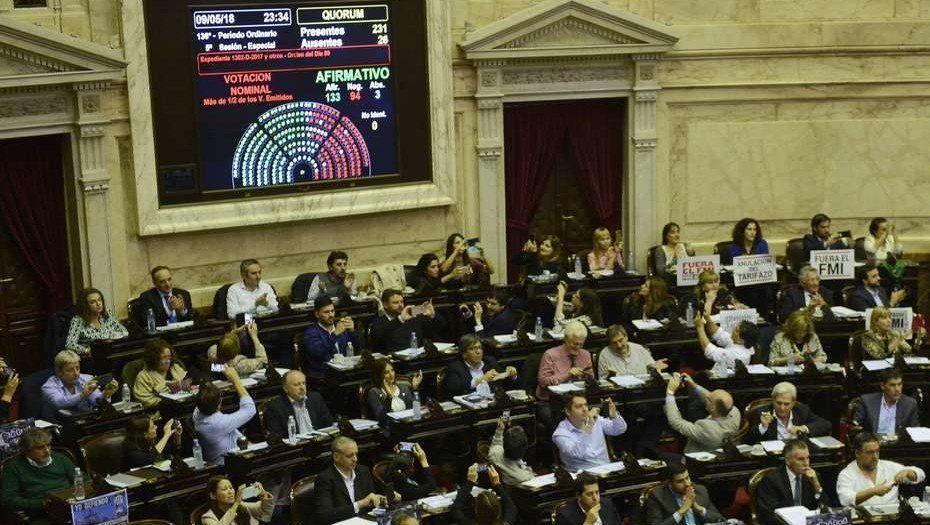 Tarifas: Diputados aprobó el proyecto opositor para limitar los aumentos en los servicios