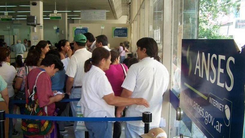 Anses: Habilitaron 240 turnos por día para beneficiarios de planes sociales