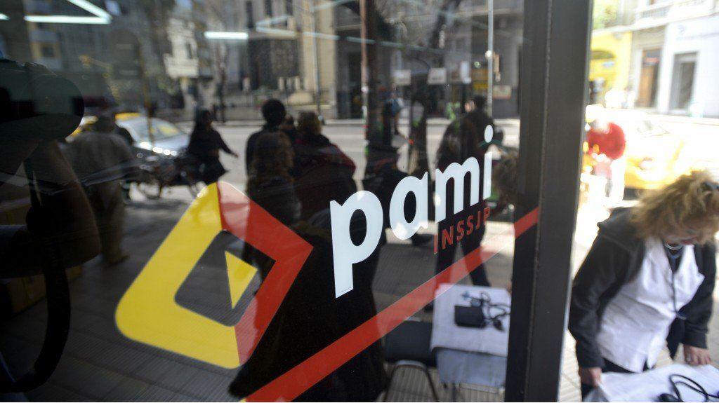Advierten acerca de sobrefacturación por prestaciones del PAMI en 2014