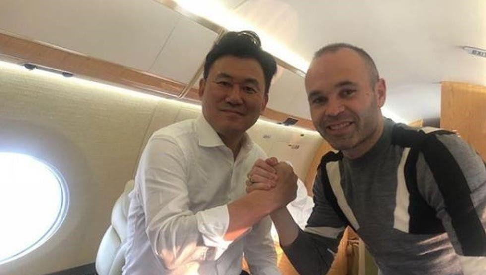 Iniesta finalmente jugará en el fútbol japonés